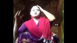 Indian bhabhi mms show